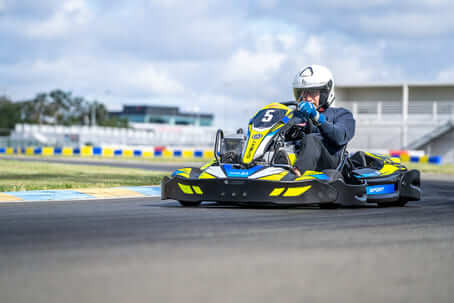Stage de pilotage ½ journée en Kart Rotax Sport 2 temps